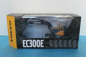 VOLVO EC300E Excavator Crawler 1:50 SCALE DIE CAST MODEL BY MOTORART