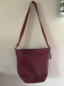Vintage NWOT Coach Bleecker Soft Port Leather Duffle Shoulder Bag Red G1S-9186