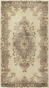 Hand-knotted Turkish Carpet 3'10