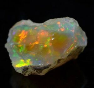 17ct Beautiful 100% Natural AAA Ethiopian Welo Rough Opal Lots of Play Fire