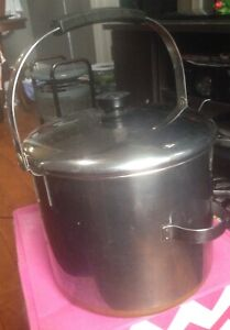 Revere Ware 8 Quart Stockpot with Locking Bale Handle Pre-1968 ? 2363973 Lid