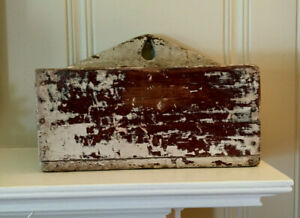 ANTIQUE PRIMITIVE FARM HSE 1800'S SMALL HANGING WOOD PAINTECANDLE WALL SHELF BOX