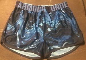 EUC: YouthGirls Under Armour Athletic Shorts Size  Large YLG Heat Gear Blue