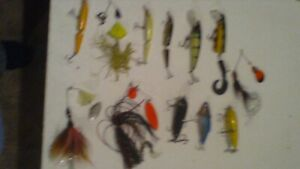 lakewood muskie musky tackle box and lot of 12 baits