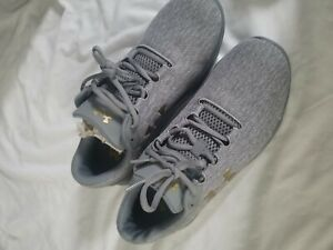 Under armour shoes womens 9.5 $50.00