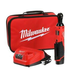 Milwaukee M12 12V Cordless 38 in Ratchet Kit 1.5 Ah Battery Charger Tool Bag
