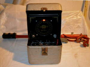 Vintage Herters Fish Finder Flasher Locator With Transducer.