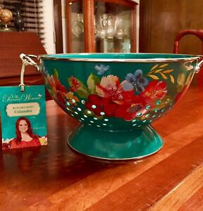 The Pioneer Woman Enameled Steel 5 QT Colander, Wildflower Whimsy, Gorgeous!