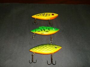 LOT OF 3 LIPLESS FISHING LURES BILL LEWIS RATTLE TRAP CORDELL SPOT RATTLIN BAITS