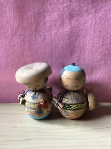 Japanese Vintage Kokeshi Doll Pair Wooden 8 cm amp; 9 cm With Tracking Number $25.00