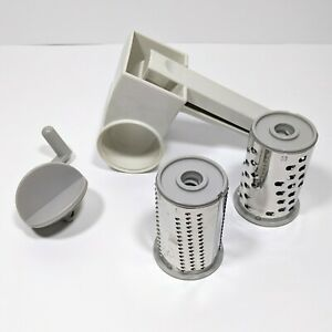 The Pampered Chef Cheese Grater Chocolate Nuts Rotary Turn Handle 2 Blades