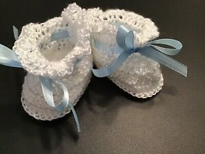 Crochet Baby Shoes Baby Booties Doll Shoes Doll Booties White with Blue Ribbon $5.00