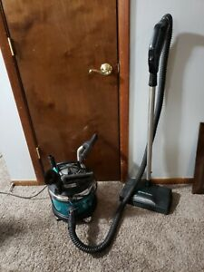 Limited Edition Filter Queen Majestic Vacuum with Accessories $189.95