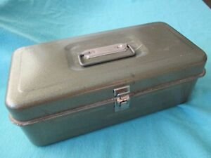 VINTAGE TACKLE BOX YOU HAVE TO HAVE THIS ONE