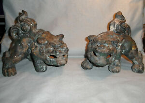 PAIR ANTIQUE CHINESE OLD CAST IRON FOO DOG STATUES $199.99