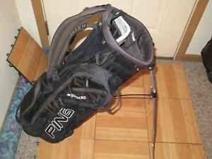 Ping 4 under golf stand bag. Has issues still useable READ DESCRIPTION $49.99