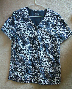 Nursing scrubs top medium used
