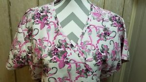 MG Medgear ladies size xl nursing scrubs top pink floral heavier material