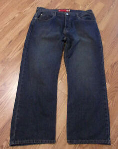 Men#x27;s Guess Jeans 40 x 30 Button Fly USED