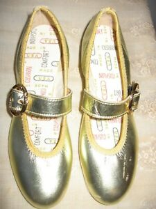 VINTAGE SPINNERS BY COAST BALLET METALLIC GOLD SQUARE DANCE BUCKLED FLAT SHOES
