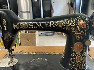 1919 Singer Sewing Machine Table. Red Eye Model 66 machine in Table 05. $1200.00