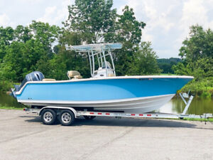 2017 Sportsman Open 232CC Center Console Offshore Inshore Saltwater Fishing Boat