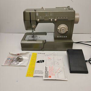 Singer HD105C Sewing Machine Heavy Duty with Light and Foot Pedal CR 606 $149.97