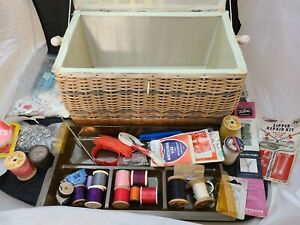 Vintage Sewing Basket Box Fabric Lid Woven Rattan Body amp; Handle Tray amp; Notions $29.99