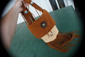 Beaver pelt possibles rendezvous bag leather out beautiful fur in pow wow style