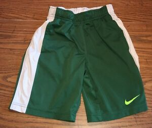 Boy's Childrens Nike Dry Fit Green Shorts Size XS Extra Small