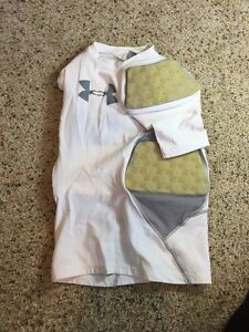 Under Armour Boys Youth Padded Fitted Compression Shirt White Medium YMD Kd1