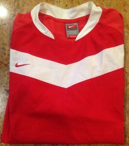 BOYS NIKE TEAM SHIRT DRY FIT RED WITH WHITE SIZE L 1416 SOCCER