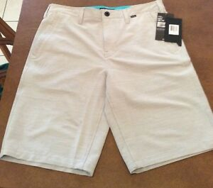 Hurley Men's Stretch Shorts With Nike Dry-Fit.  Size 32 Length 22