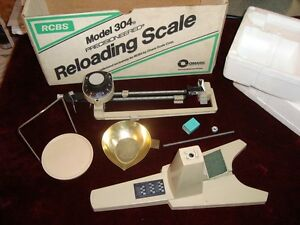 Lightly Used RCBS Model 304 Reloading Scale!!!!! EXCELLENT!!!