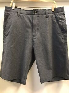Under Armour Mens Match Play Vented shorts size 34 GRAYBLACK