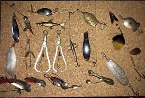 Vintage Metal Fishing Lure Lot Pflueger Heddon Hendryx Arbogast And Much More