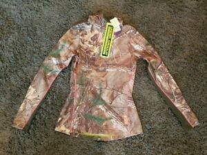 Under Armour Women's fitted Realtree hooded sweatshirt size S MSRP $89.99