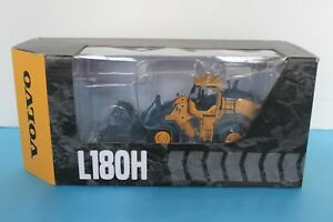 VOLVO L180H WHEEL LOADER 1:50 SCALE DIE CAST MODEL BY MOTORART 300052