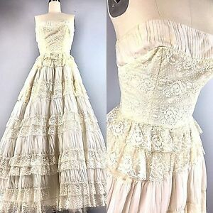 Vintage 50s Dress Bridal Wedding Cupcake Ball Gown  Lace Ruffles Tiered 32 Bust