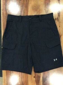 Under Armour Men's Golf Athletic Cargo Shorts Size 34 Loose
