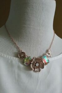 BETSEY JOHNSON  Flower white Butter Fly Lucite Rhinestone Bib Necklace Rosegold