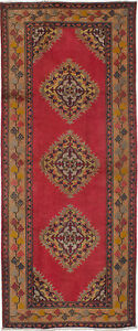 Hand-knotted Turkish Carpet 4'6