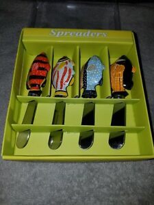 FISH SHAPE CHEESE/ BUTTER SPREADERS( 4 PCS ) SET NEW IN BOX