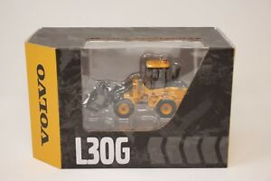 VOLVO L30G WHEEL LOADER 1:50 SCALE DIE CAST MODEL BY MOTORART - Hard to Find