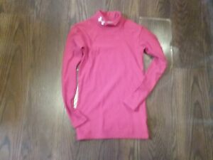 BOYS UNDER ARMOUR  YOUTH MEDIUM RED COMPRESSION SHIRT GREAT FOR FALL