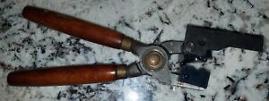 Vintage Lyman type 978 bullet mold with handles for .56 cal. round ball Exc.Cond