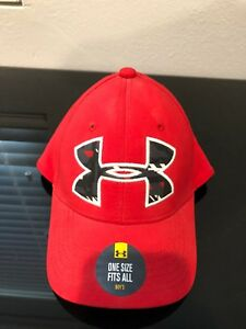 Red Under Armour Hat *Heatgear* Boys OneSize Fits All $10.99