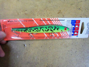 Rebel Jointed Floating Minnow J2056S 4 1 2 Inch Discontinued color