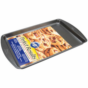 Wilton Non-Stick Perfect Results Large Cookie Pan