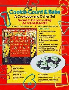 Cookie Count & Bake: A Cookbook and Cutter Set by Pearson Debora